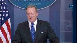 Washington (EEUU), 21 jul (EFE/EPA).- (Imagen: Greg Miller) Sean Spicer dimitió hoy como portavoz y secretario de prensa de la...