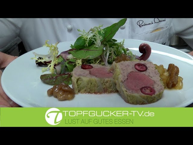 Ententerrine mit lila Kartoffeldressing und Apfelkompott