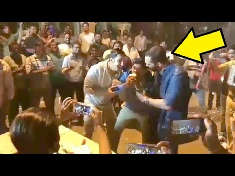 Siddharth Jadhav Birthday Celebration With Ranveer Singh & Rohit Shetty On SIMMBA Movie Set