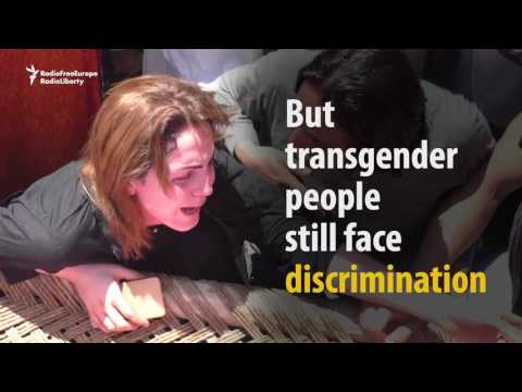 Video Death Threats Force Pakistani Transgender To Stop Dancing download in MP3, 3GP, MP4, WEBM, AVI, FLV January 2017