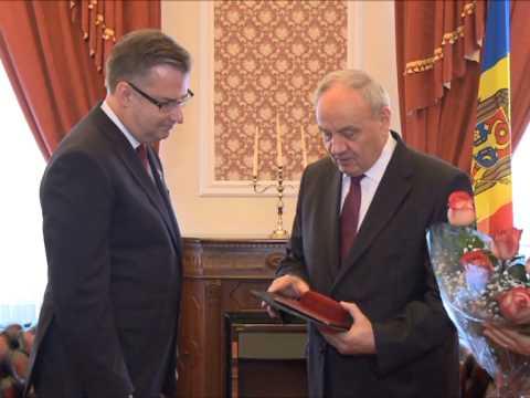 Nicolae Timofti a avut o întrevedere cu șeful delegației Uniunii Europene în Republica Moldova, Dirk Schuebel
