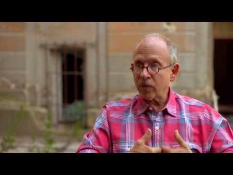 "The Monuments Men: Bob Balaban ""Preston Savitz"" On Set Interview"