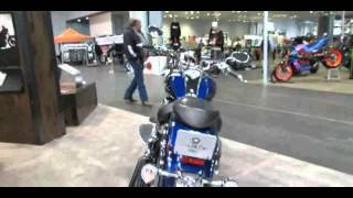 8. 2014 Yamaha Roadliner S Walkaround