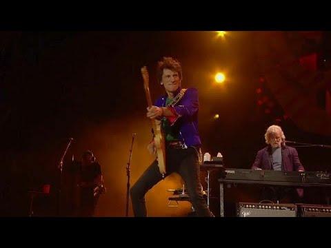 Κέρδισε τη μάχη με τον καρκίνο ο κιθαρίστας των Rolling Stones