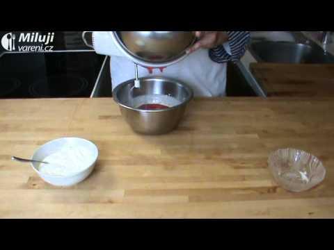 Jahodová pěna s jogurtem