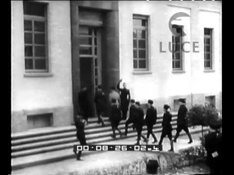 Visita di Mussolini alla città di Bologna