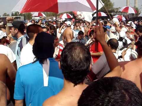 El Pueblo Quemero en el Bajo www.locosporelglobo.com.ar - La Banda de la Quema - Huracán