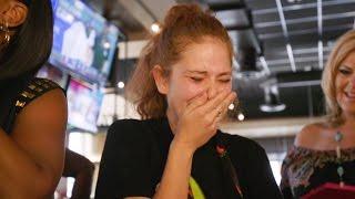 Video FOX5 Surprise Squad - Waitress Gets $12,000 Tip! MP3, 3GP, MP4, WEBM, AVI, FLV Juni 2019