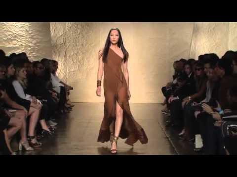 Community Magazine – Donna Karan | Spring Summer 2014 Full Fashion Show | Exclusive