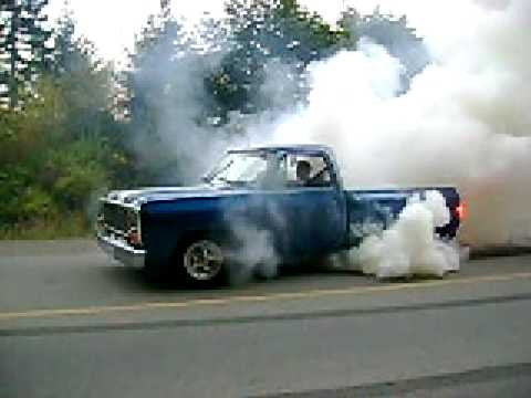 Dodge does a burnout to shred a set of old tires