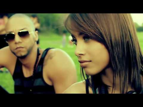ME - Arcangel - Me Prefieres a Mi (Official Video) Artista: Arcangel Tema: 