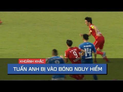 Pha vào bóng nguy hiểm bằng 2 chân của cầu thủ Quảng Ninh với Tuấn Anh (HAGL) - Thời lượng: 48 giây.