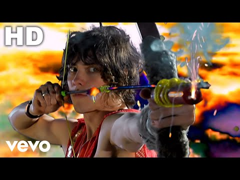 pretended - Music video by MGMT performing Time To Pretend. YouTube view counts pre-VEVO: 1880303 (c) 2008 SONY BMG MUSIC ENTERTAINMENT.