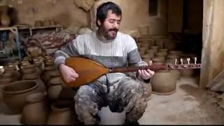 TurkishÇögür Player - Hamadan, Iranian Azerbaijan