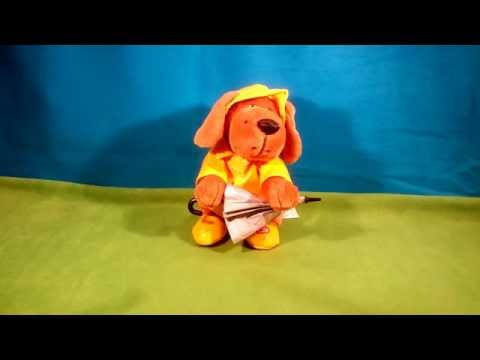 Singing in the rain hound dog by Beverly Hills teddy bear company