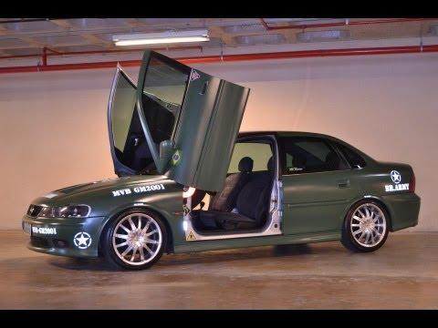Vectra com Lambo door Tuning doors - Portas verticais (Vectra Opel)