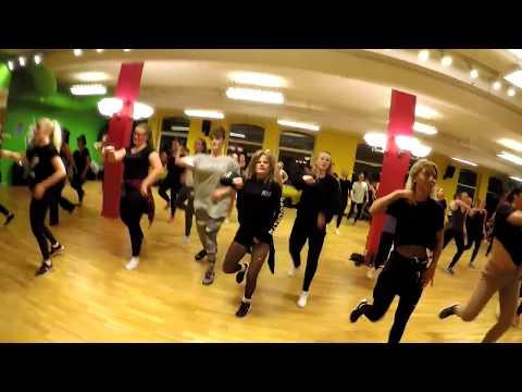 Reggaeton på Malmö dansakademi (öppethus ht17)