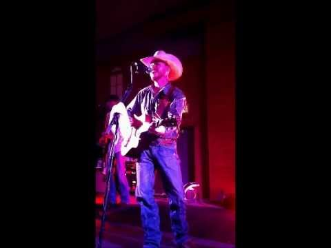 Video Cody Johnson - The Way She Loves Me download in MP3, 3GP, MP4, WEBM, AVI, FLV January 2017