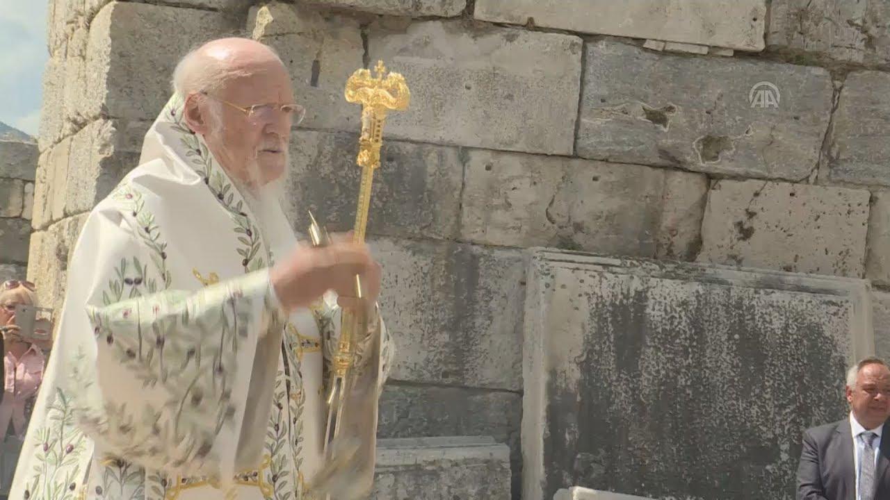 Πατριαρχική Θεία Λειτουργία στην Έφεσο