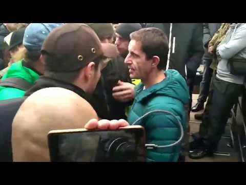 У Києві побили радника міністра внутрішніх справ Зоряна Шкіряка