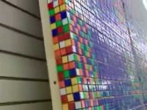 Watch 'Viimeinen ehtoollinen Rubikin kuutioilla tehtynä'