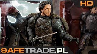 KUP TERAZ / Buy It Now: http://safetrade.pl/Game-of-Thrones-Robb-Stark-figurkaFacebook: http://www.facebook.com/SafeTradeMusic: The Land of the Wizard by Per Kiilstofte[CAF-170] Game Of Thrones™ Robb Stark Figurka Kolekcjonerska Gra o TronRobb Stark to najstarszy syn Eddarda Starka i Catelyn Tully, dziedzic Winterfell, Król Północy. Po tym jak jego ojciec został oskarżony i ścięty za zdradę wypowiedział lojalność królowi Siedmiu Królestw i został mianowany przez ludzi z północy, Królem Północy. Zarówno przez wrogów jak i zwolenników nazywany był Młodym Wilkiem. W serialu Gra o tron w jego postać wciela się Richard Madden. Niepowtarzalna figurka kolekcjonerska wyprodukowana w limitowanej ilości. [CAF-170] Game Of Thrones™ Robb Stark Figurka Kolekcjonerska Statuetka Niepowtarzalna statuetka kolekcjonerska prosto z serialu Game Of Thrones Koniecznie zobacz naszą prezentację wideo HD tej statuetki! Niesamowita ilość i jakość detali, ok. 20cm wysokości Statuetka przedstawia Robba Starka w gotowości do walki W zestawie długi miecz (do umieszczenia w dłoni) Piękne i niepowtarzalne, ręcznie wykonane malowanie Statuetki znajdują w oryginalnych, kolorowych pudełkach Niepowtarzalny i oryginalny pomysł na prezent dla każdego fana Oficjalny, licencjonowany produkt firmy Dark Horse™ (licencja HBO™) Wysokiej jakości w 100% oryginalny produkt, ilość sztuk mocno ograniczona Unikalny towar w świetnej cenie (niedostępny w polskich sklepach) Artykuł kolekcjonerski (po wyprzedaniu produkt może być już niedostępny) Prosto od producenta, produkt fabrycznie nowy w oryginalnym opakowaniu