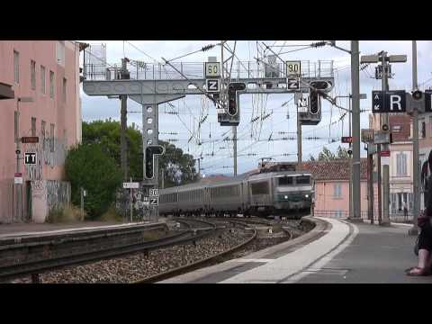 sncf - S.N.C.F electric locomotives, multiple unIts and TGV's seen along the Esterel coast in southern France and at Menton and Monaco. The video was filmed in Sept...