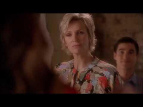 Glee - Rachel finally tells Sue what she thinks of her 5x17