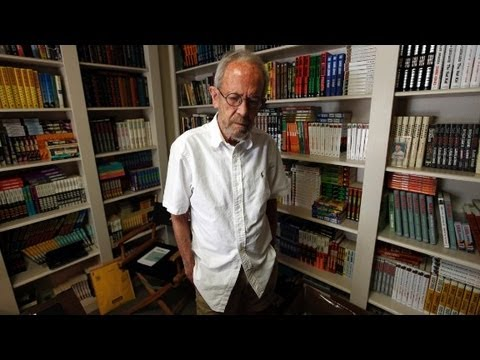 Elmore - Best-selling Author Elmore Leonard died at the age of 87. Listen from the man himself, in his own words. More from CNN at http://www.cnn.com/