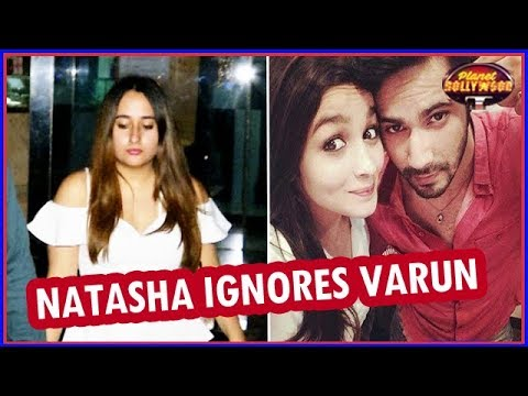 Download Natasha Skips A Party To Avoid Varun Dhawan | Alia Reason Behind Their Breakup? | Bollywood News HD Mp4 3GP Video and MP3