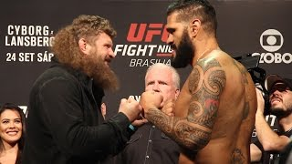 UFN 95 Weigh-Ins: Roy Nelson vs. Bigfoot Silva Staredown by MMA Fighting