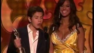 Selena Gomez Wins an ALMA AWARD the BEST TV ACTRESS!!