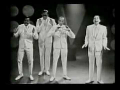 Tekst piosenki Smokey Robinson And The Miracles - The Tracks of My Tears po polsku