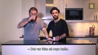 Hva synes egentlig svensker om brunost, fiskekaker, tørrfisk og Grandiosa? Rasmus og Samir gir deg svaret.