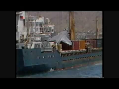 Fighter jet makes emergency landing on cargo ship