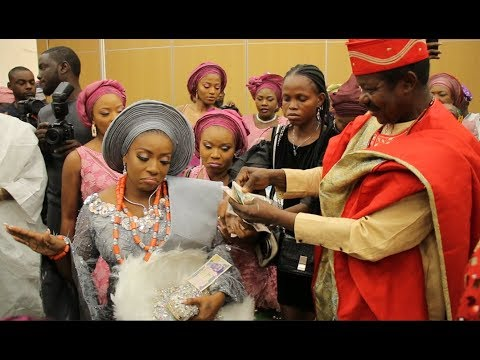 King Sunny Ade Sprays Money On His Cute Daughter On Her Engagement Day As She Dances In Majestically
