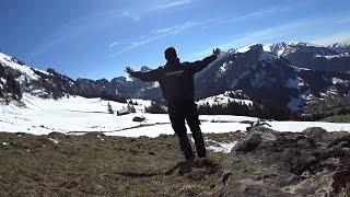 70. Appenzellerland. Kamionos az Alpokban