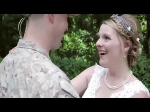 **TRY NOT TO CRY** SOLDIERS SURPRISE THEIR FAMILY MEMBERS. EMOTIONAL HOMECOMING.