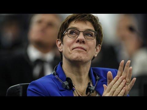 Η Ανεγκρέτ Κραμπ- Κάρενμπάουερ δεν θα είναι υποψήφια για την καγκελαρία…