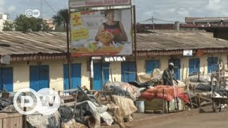 In Cameroon, divisions between the country's English and French-speaking communities are deepening. The minority Anglophone population says it is being ...