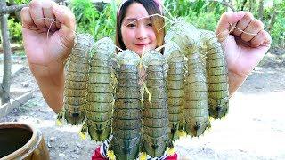 Video Yummy Mantis Shrimp Cooking Garlic - Mantis Shrimp Stir Fried Recipe - Cooking With Sros MP3, 3GP, MP4, WEBM, AVI, FLV April 2019
