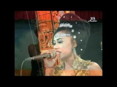 Download Video Tri Manggolo Budoyo- Lusi Tak Harus Memiliki
