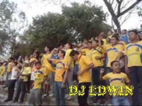 La Banda del Canario (ex Infierno Amarillo )ante la UES - La Fiel Amarilla - Once Municipal