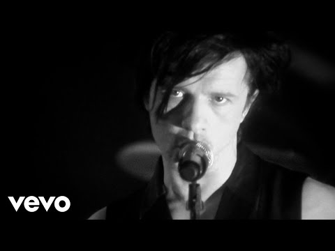 Indochine - You Spin Me Round (Like a Record) [au profit de RSF] (Clip officiel)
