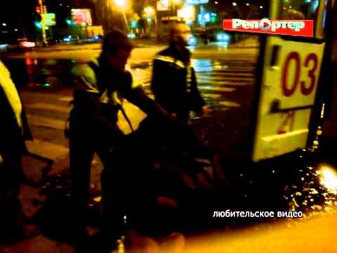 В Самаре медики отказывались забирать в больницу бомжа-инвалида (видео)