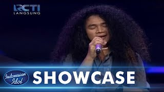 Video CHANDRA - PERGILAH KASIH (Chrisye) - SHOWCASE 1 - Indonesian Idol 2018 MP3, 3GP, MP4, WEBM, AVI, FLV Januari 2018
