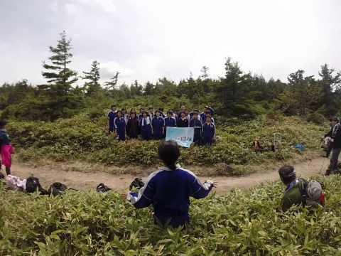 加子母中学校小秀山登山:校歌合唱 H2705.23