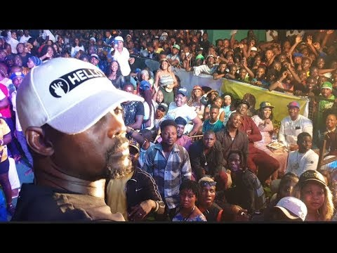 Crowd Go Crazy As Pasuma &Destiny Boy Storms In To Greet Ilabe And Kunle Poly At Doro Music Concert