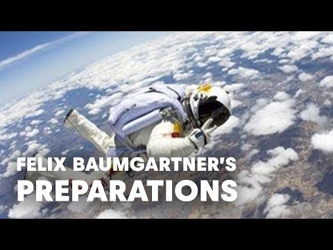 Felix Baumgartner preps for Stratos - Red Bull Stratos