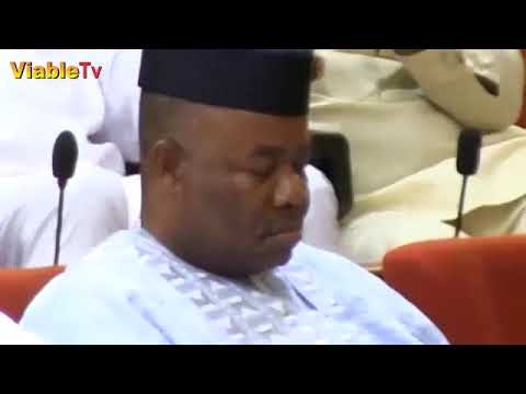 FULL VIDEO : PDP, APC Senators Disagree As Saraki Declines Akpabio's Request To Speak